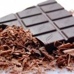 la forte teneur en flavonoïdes et en magnésium sont pour une bonne part responsables des bienfaits du chocolat noir comme antioxydant et antidépresseur