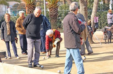 Les activités et les loisirs sont les remèdes à la solitude chez les seniors