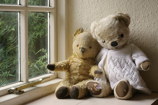 l'infertilité et l'absence d'enfant ont à la fois des causes et des conséquences psychologiques