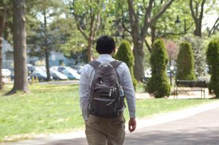 Les disputes entre enfants au cours de la scolarité posent parfois des soucis aux parents.